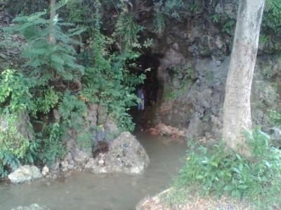 Gua Pancur saat ini (Foto: arrusyda.wordpress.com)