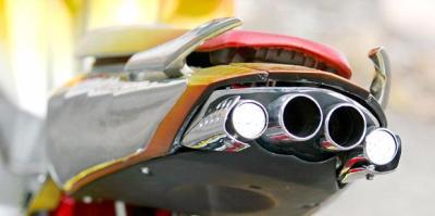 Di knalpot kendaraan inilah Plasmulator dipasang untuk kurangi emisi
