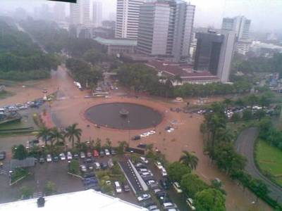 Banjir di Jakarta dampak degradasi lingkungan
