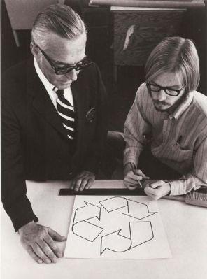 Garry Dean Anderson, pencipta logo daur ulang