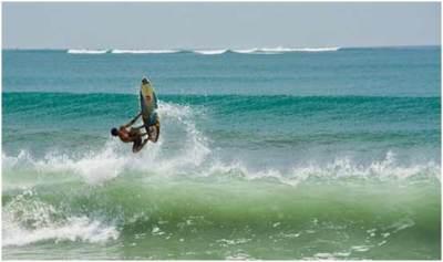 Ombak panti Kuta Bali